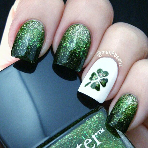 Dark autumn nails, Dark green nails, Festive green nails, Green nail art, - 76 Best Green Nails Images On Pinterest Green Nails, Spring