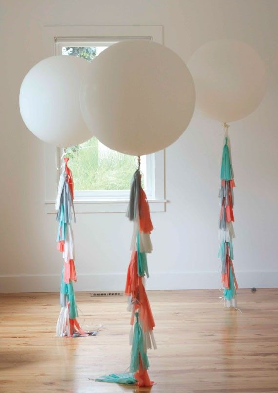 DIY Tutorial for Balloon Tassels and Fringe, easy and looks great for any party!