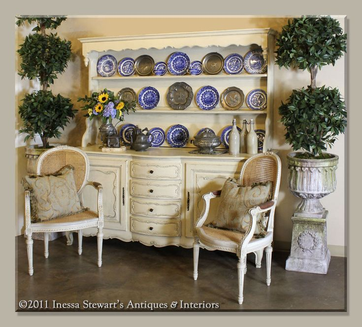 197 best French Country Decor images on Pinterest French country - country style living room furniture