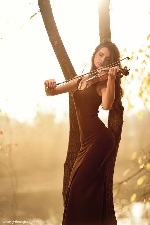 Violin Girl by Gabriel Georgescu
