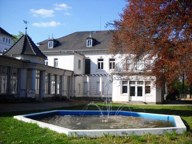 Fontána u knihovny - Grossschönau - Německo