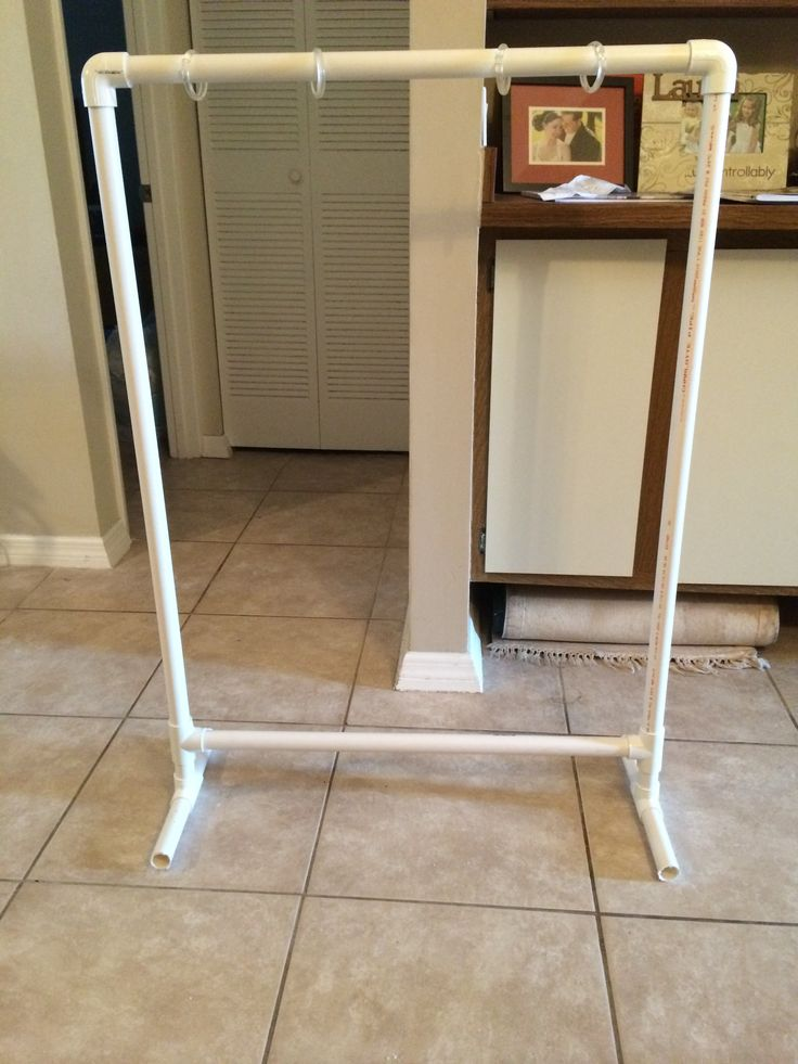 PVC Pipe Chart Stand Tutorial