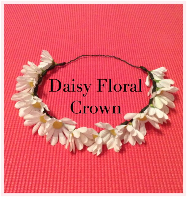The Blushing Dreamer: #DIY: Daisy Floral Crown. Easy peasy with step by step instructions. Need a flower crown in my life!!