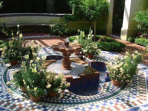 16 best images about talavera fountain ideas on pinterest for Spanish style fountains for sale