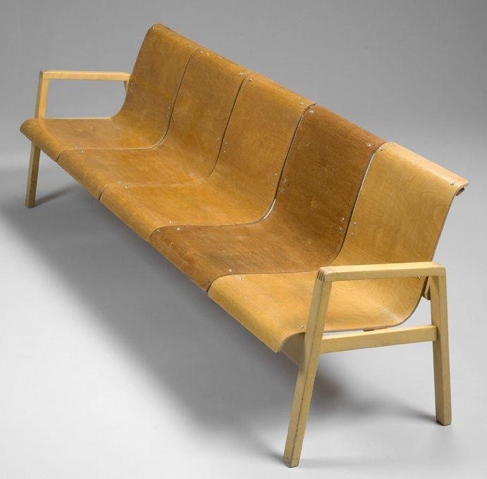 Alvar Aalto; Birch and Birch-Laminated Plywood 'Hallway' Sofa for Artek, 1932.