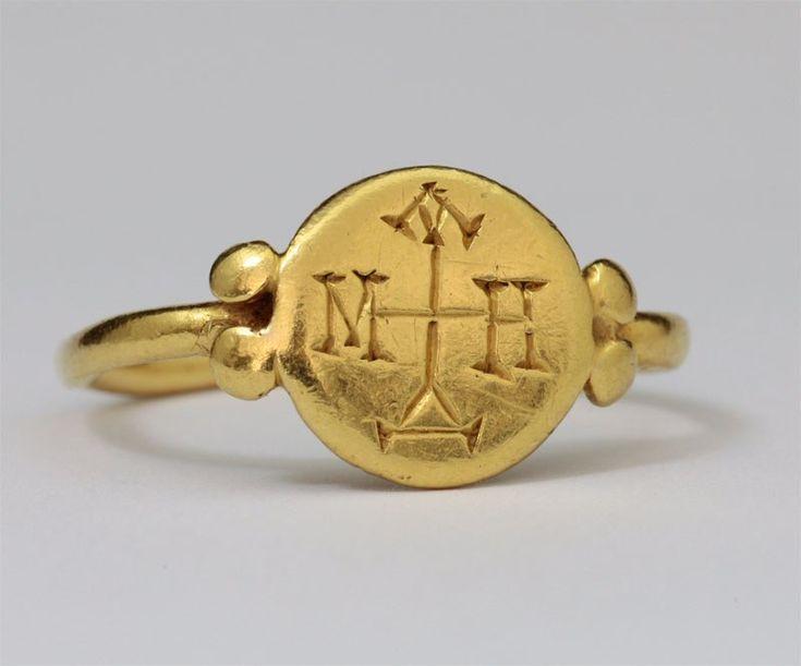 Bagues anciennes / Antique / Bague en or byzantine à monogramme. 6e - 7e siècle
