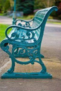 inspirasi warna kursi taman tosca