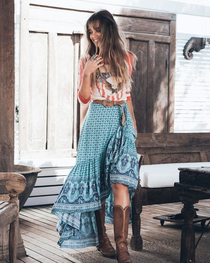 33 Boho-Chic Style Inspirations for Outfit Ideas