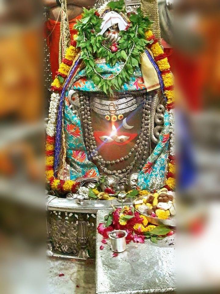 #Bhasma #Aarti pic of Shree #Mahakal #Ujjain - Jun 29  #god #shiv #shiva #shivay #bholenath #mahadev #mahakaleshwar #jyotirling #jaibholenath #jaimahakal #om #omnamahshivay #harharmahadev #ॐ #महाकाल #भस्म #आरती #शिव #महाकालेश्वर #उज्जैन #mptourism #madhyapradesh #tourism #travel #incredibleIndia