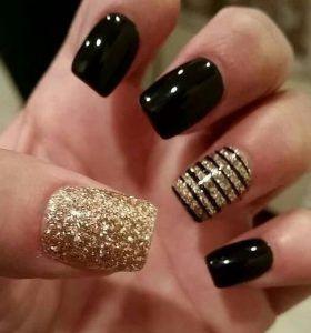 eortastiko-sxedio-xryso-glitter-mavro-verniki Christmas designs nail