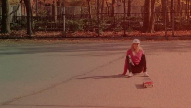 10 belle ragazze imparano a skateare