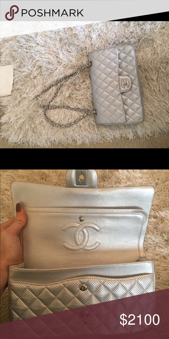 CHANEL purse Silver, Authentic, have the box bag original receipt & card with serial number!  Bunnybronzing@gmail.com  Email me for a better price! (1500$) CHANEL Bags Shoulder Bags