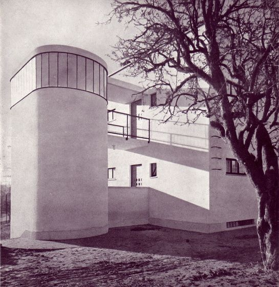 Gyula Rimanóczy > debreceni villa 1933