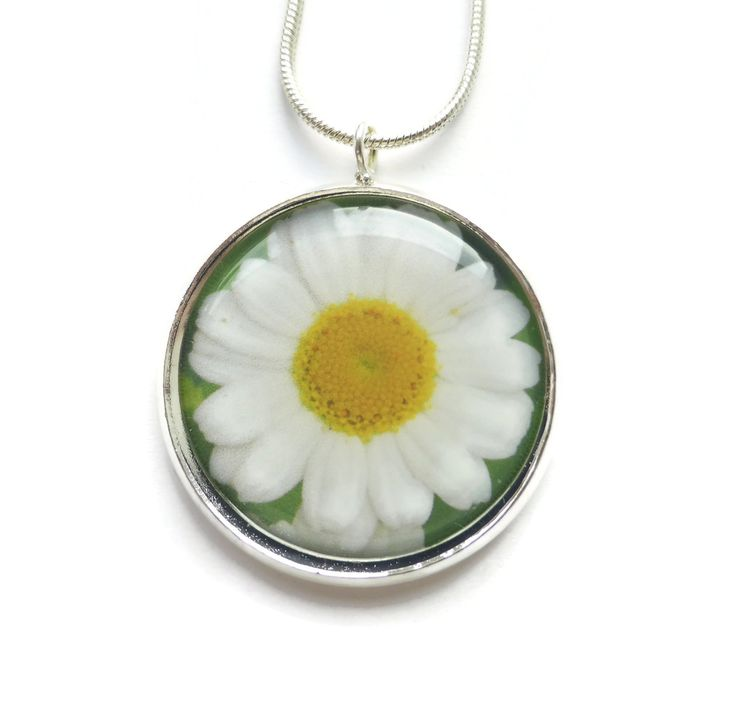 Jewellery Gift For Her, Daisy Necklace, Stocking Stuffer, Gift Idea, Flower Jewelry, Daisy Pendant, Floral Necklace, Silver Necklace by Larryware on Etsy