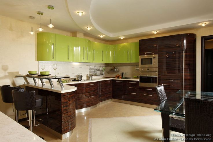 Kitchen idea of the day a luxury kitchen with green for Kitchen design 43055