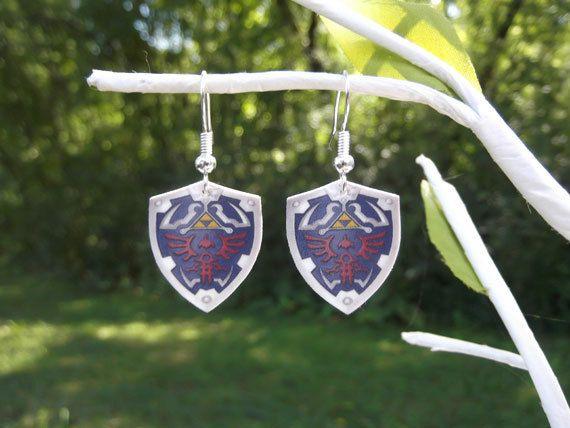 Zelda shield earrings (dangle)