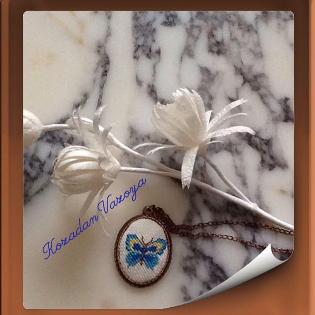 #kanaviçe #kelebek #doğa #özgür #özgürlük #mavi #gökyüzü #kolye #hediye  #turkinstagram #turkınstagram ...