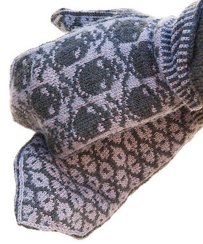 Ravelry: Jolly Roger Mittens pattern by Pamela Schwab