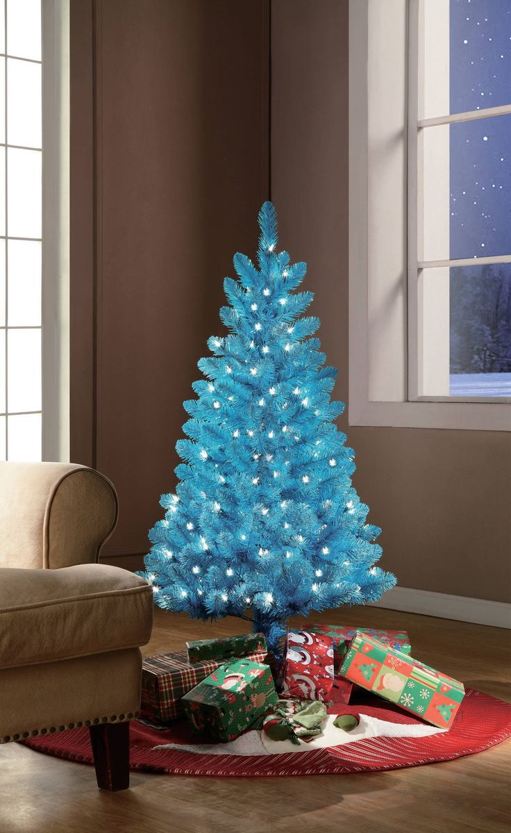 Blue christmas trees decorating ideas - Mesmerizing Blue Christmas Tree Decoration Ideas