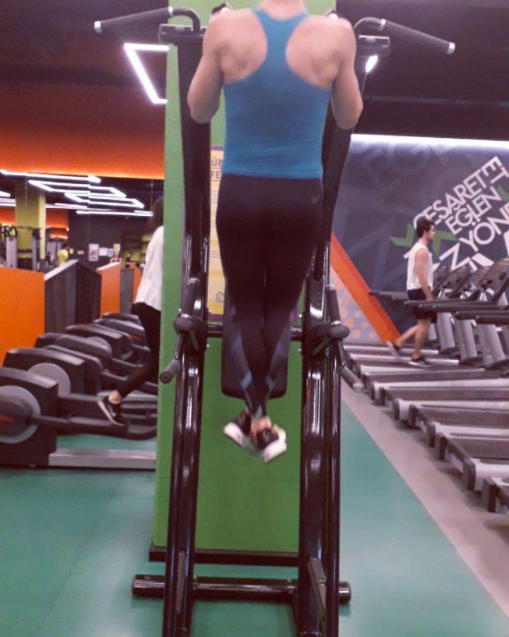 Fit Kadin Back Work 410 Repeat Backexercises Backworkout Backday Background Back Workout Back Exercises Back Day