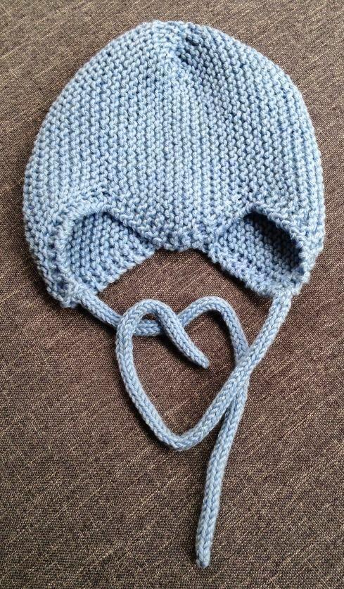 Ystäväni saa pian vauvan. Alkuperäinen suunnitelmani oli tehdä hänelle ostamastani ihanan pehmoisesta Dropsin Cotton Merino langasta pieni v...