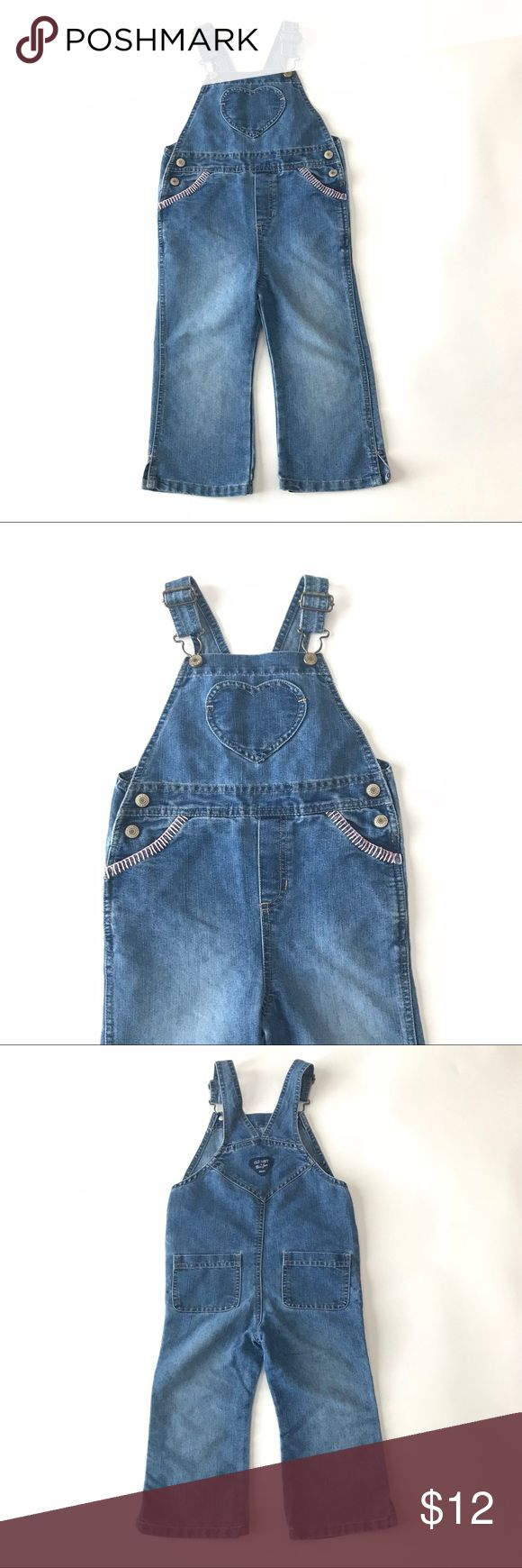 Girls 3t old navy denim overall capris heart Girls 3t old navy denim overall capris heart No stains or defects Smoke free home Old Navy Bottoms Overalls