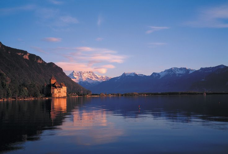 Genfer See im Schweiz Reiseführer http://www.abenteurer.net/2798-schweiz-reisefuehrer/
