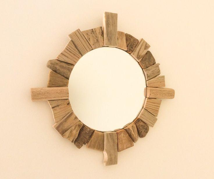 Les 70 meilleures images du tableau miroirs bois flott for Miroir rond cadre bois