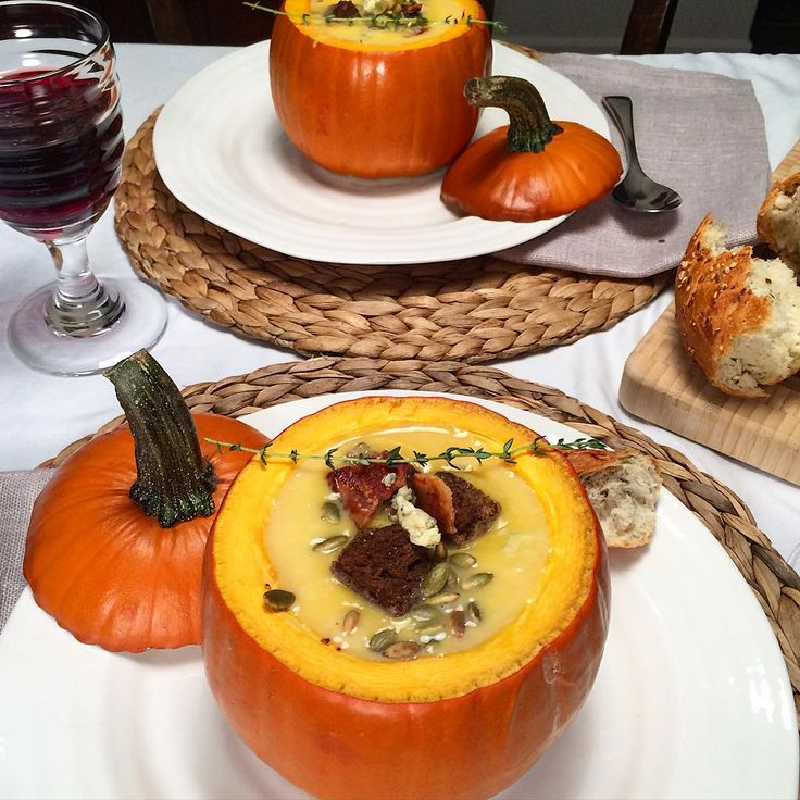 A cool, damp, autumn day called for a comforting soup for dinner. Silky butternut squash and ginger soup, topped with pumpernickel croutons, pepitas, bacon and stilton, served in baked pumpkins. #loveONTfood #foodphotography #foodstyling #food @zimmysnook
