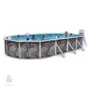 Piscina ovalada Toi Piedra Gris fabricada en acero, cubierta por una funda de polietileno de alta densidad y calidad fotográfica. Incluye escalera en acero inoxidable y sistema de filtración de arena.Disponible en diferentes medidas.