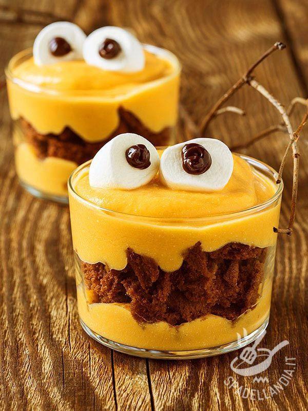 Cups Halloween - Le Coppette di Halloween sono davvero azzeccate per la notte più pazza del mondo! Divertitevi a preparare questi buffi dessert con i bimbi!