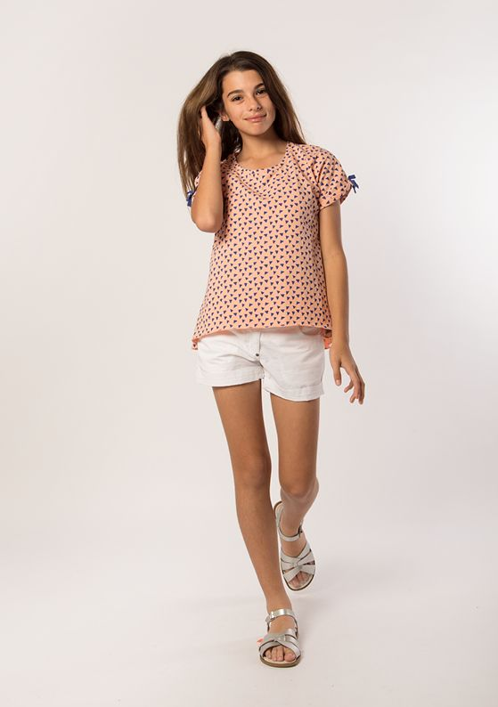 Top - Bow Sleeve: Peach Short - Classic 5 Pocket: Pure White