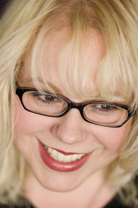 CSUF alumna Kirsten Vangsness Picture