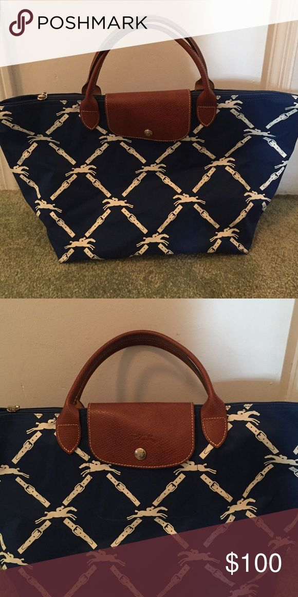 Longchamp nautical purse Very lightweight and goes great with any summer look! Longchamp Bags Hobos