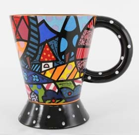 Love this Mug. It combines two of my favorite things. Coffee and Britto Art.
