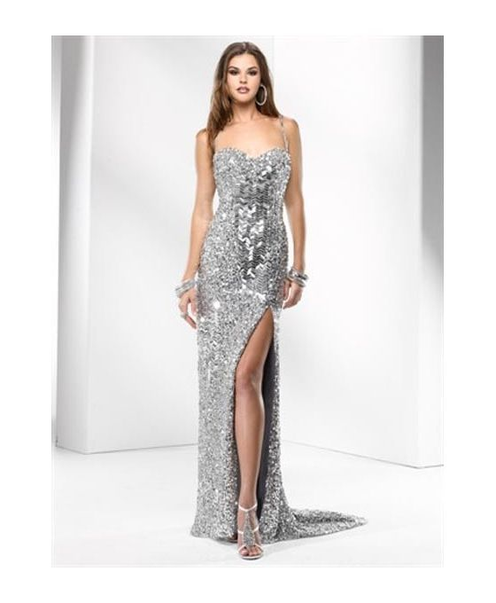Wonderful sparkling with paillettes dress. Adorable for new years eve, available online