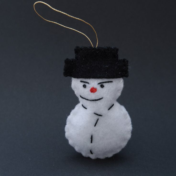 Red nose snowman - holiday ornaments, holiday decoration, holiday decors, white ornament, winter decorations - by HalloweenOrChristmas on Etsy
