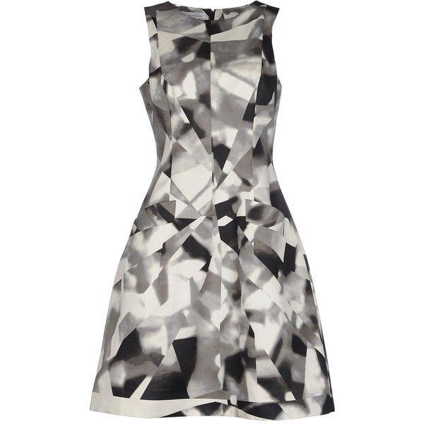 Oscar De La Renta Knee-length Dress ($575) ❤ liked on Polyvore featuring dresses, light grey, tent dress, light gray dress, no sleeve dress, oscar de la renta and zip dress