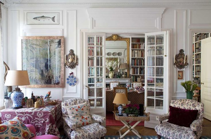Remember textile designer Carolina Irving's stunning Parisian home? Well, it's been shot again, this time by the French publication Série Limitée. The fantastic photos by Jean -François Jaussaud reveal Carolina relaxing in her fabulous leopard Irving & Fine coat. I can't get enough of her iznik ceramic collection (I'm already itching to get back to Istanbul!) and layered textiles. Below, …