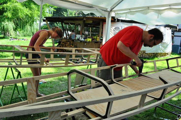 Saskia und Mathias bauen skin on frame Kanus an der #VillaEdenPeene #kanubau