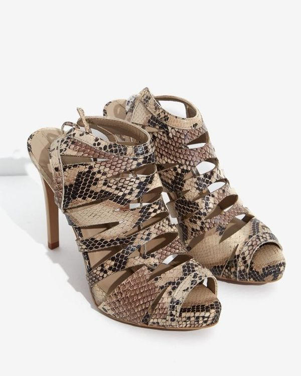 Adolfo Dominguez python printed strappy platform sandals, which, Doña Letizia premiered at the FameLab competition. 14/5/2017