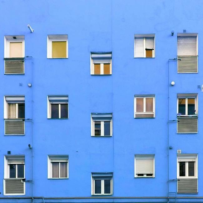 Binaların Kapı ve Pencereleriyle Simetrik Fotoğraflar Çeken Sanatçıdan 30+ Çalışma Sanatlı Bi Blog 18