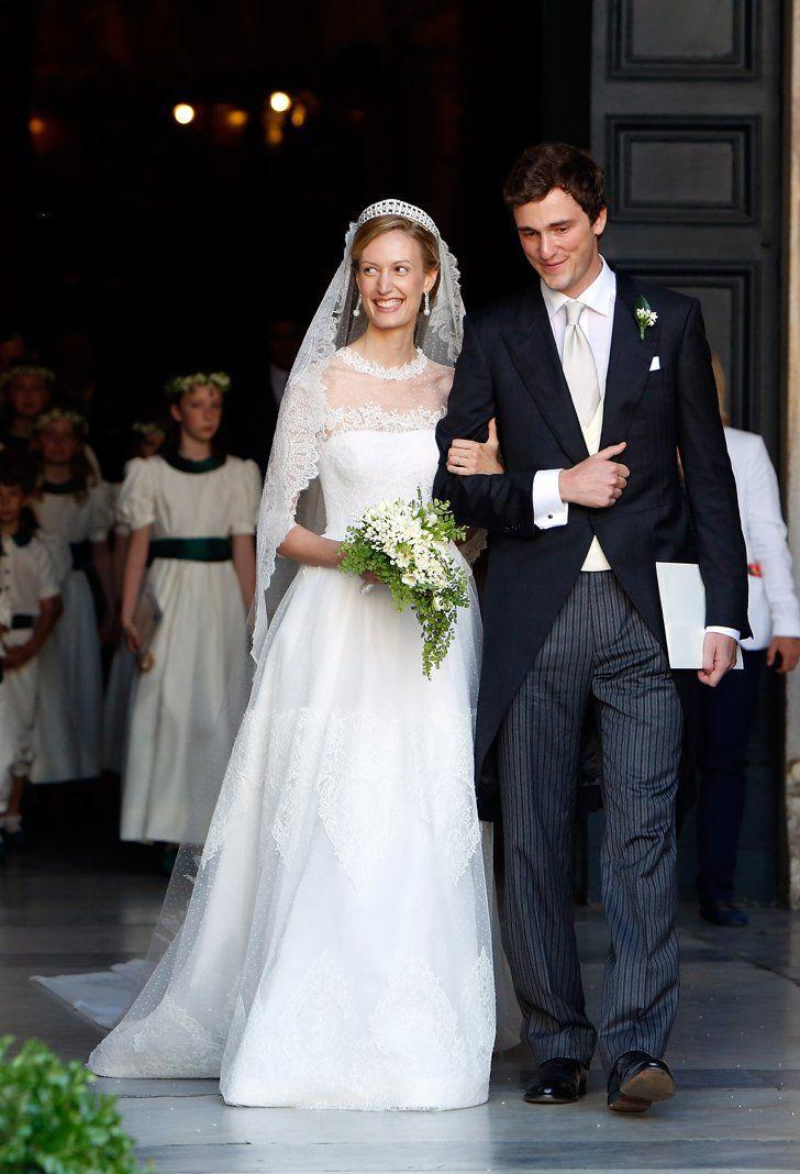 Pin for Later: Ça Porte Quoi une Princesse Pour Son Mariage? Elisabetta Maria, Princesse de Belgique, 2014 Elisabetta Maria Rosboch von Wolkenstein a épousé le Prince Amedeo dans une robe signée Valentino.