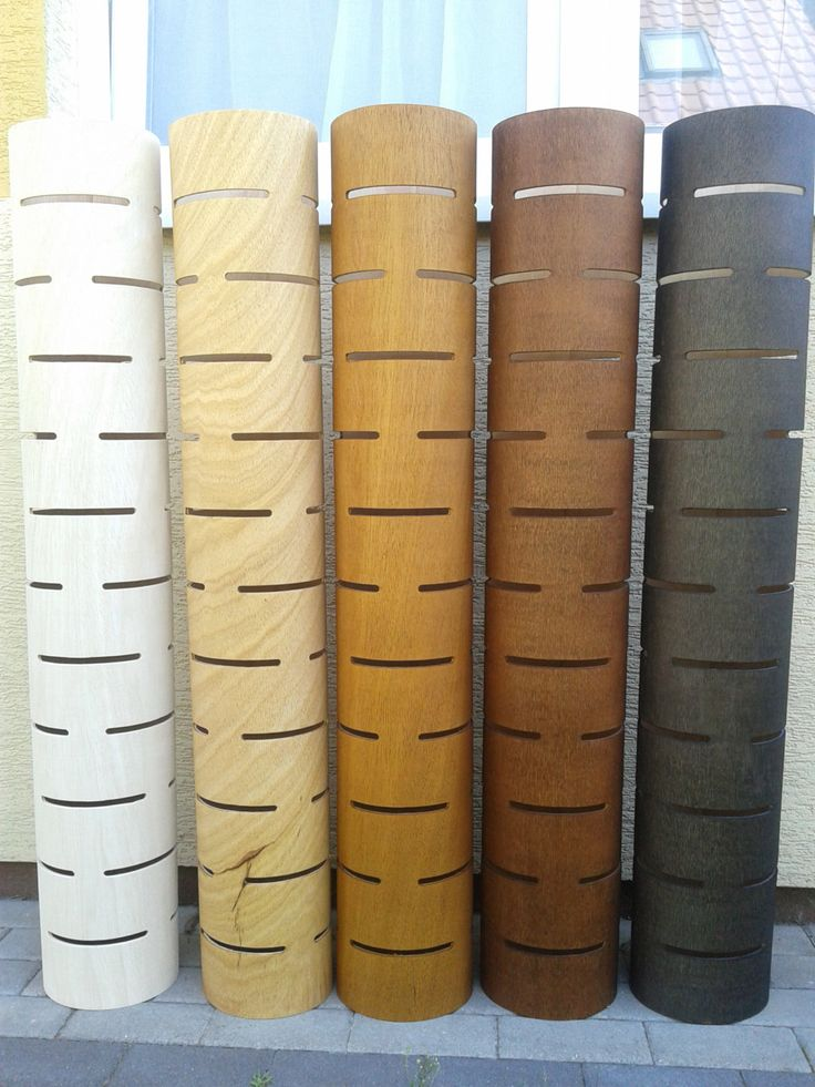 Lámpara de pie 3 de madera contrachapada doblada con textura