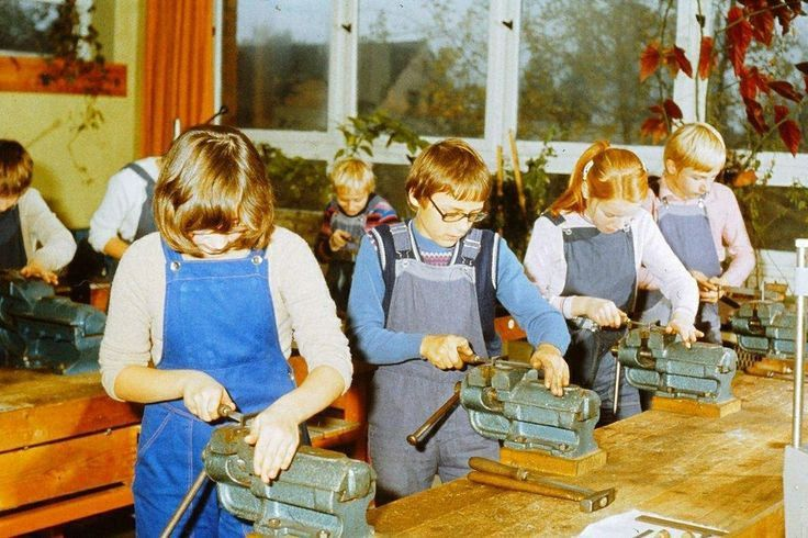 DDR Kinder,DDR Schule, PA Untericht