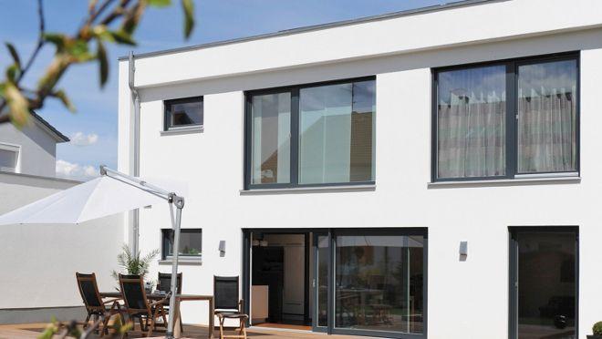 Good Neue Fenster lohnen sich Kunststofffenster und Holzfenster mit Dreifachverglasung sparen Heizkosten Alles zu Einbau