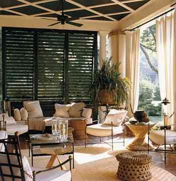 Louvered Privacy: Outdoor Rooms, Black And White, White Porches, Black Shutters, Beautiful Black, Back Porches, Covers Porches, Outdoor Living Rooms, Terraces