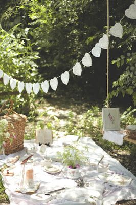 French Country Cottage PicNic . la maison boop!: It's Time to Celebrate! ♡ St Valentine's day