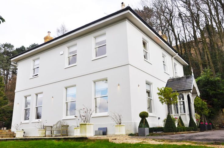 Crest House - self catering accommodation in Gloucestershire  - sleeps up to 14