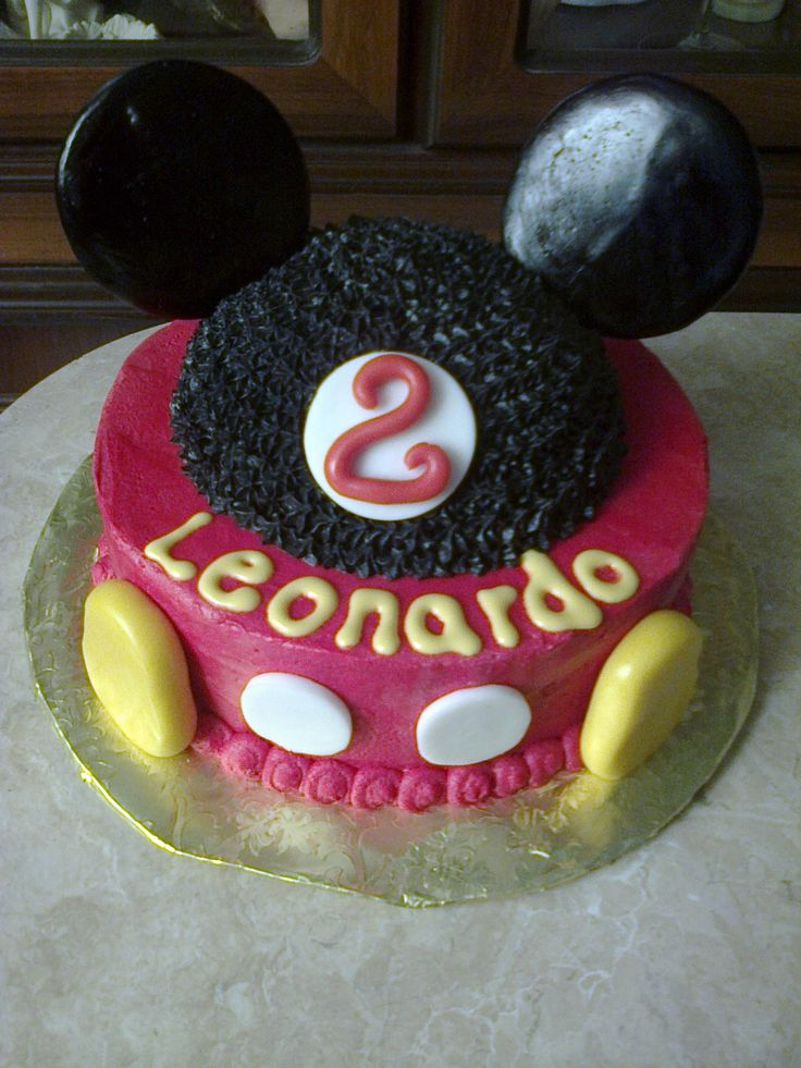 Pastel mickey mouse cumpleaños